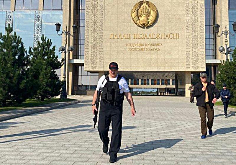 Лукашенко, как последний герой боевика