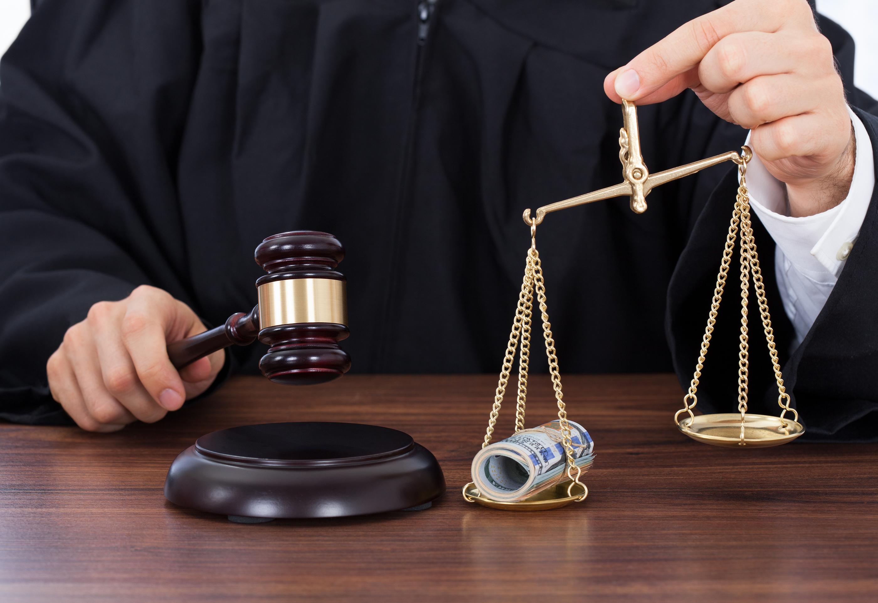 Продажная судебная система в России