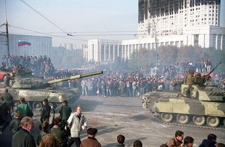Расстрел Белого дома в Москве